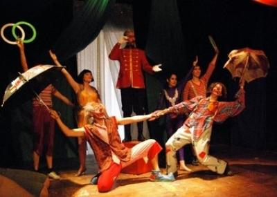 Obra teatral el tony chico se presenta esta noche en for La cocina obra de teatro